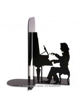 Bookend Chopin with his pianoforte